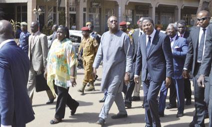 ATTAQUES TERRORISTES AU BURKINA : Yayi Boni exprime sa compassion à Roch Marc Christian Kaboré