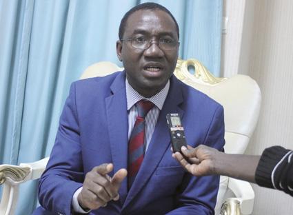 Colonel-major Nombré Honoré Lucien,  1er vice-président du CNT : « Ce n'est pas à l'armée de décider quels choix politiques un pays doit opérer »
