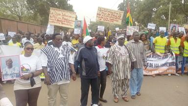 MARCHE CONTRE LE TERRORISME : Les Burkinabè refusent de céder à la peur