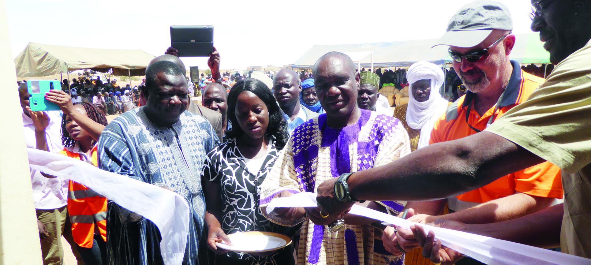 SANTE, EDUCATION ET EAU AU SAHEL: Des gestes salvateurs de la Fondation Avocet pour le Burkina