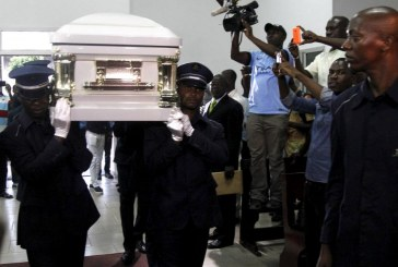 OBSEQUES DE PAPA WEMBA EN RDC : Un hommage sur fond de bagarre politique