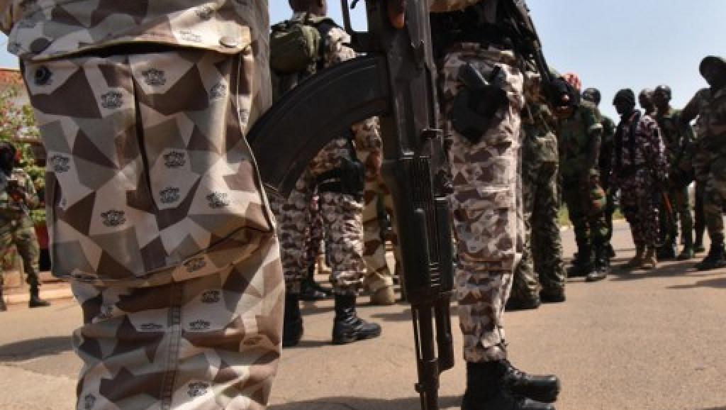 NOUVELLE MUTINERIE EN COTE D'IVOIRE : ADO à la peine