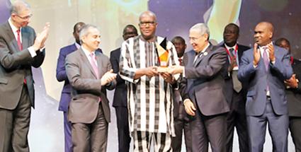 CLOTURE DU 5E FIAD : Le Président du Faso honoré pour son engagement pour une Afrique qui gagne
