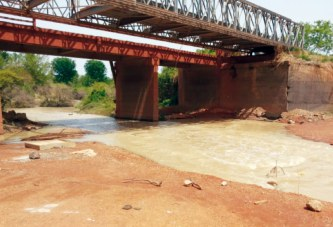 ROUTE NATIONALE N°5:  L'état du pont Nazinon fait peur