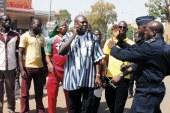 MEETING DISPERSE DU CED :  Pascal Zaïda et quelques manifestants arrêtés