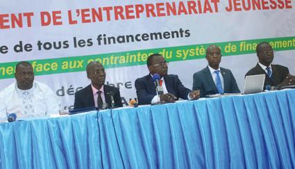 FINANCEMENT DE L'ENTREPRENEURIAT JEUNE  L'APJEF pour un meilleur accompagnement des banques et établissements financiers