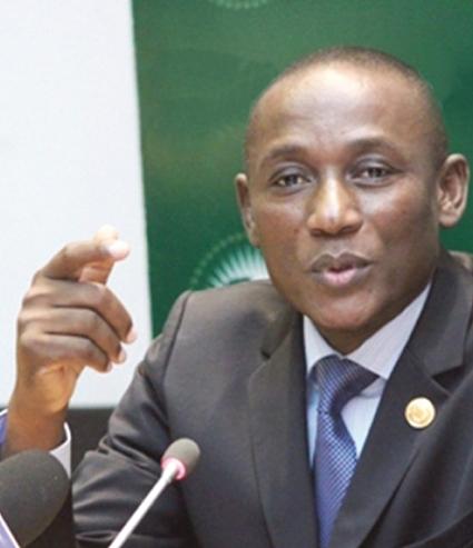 CRISE DU SYSTEME EDUCATIF  :   Jean-Baptiste Natama accuse le gouvernement