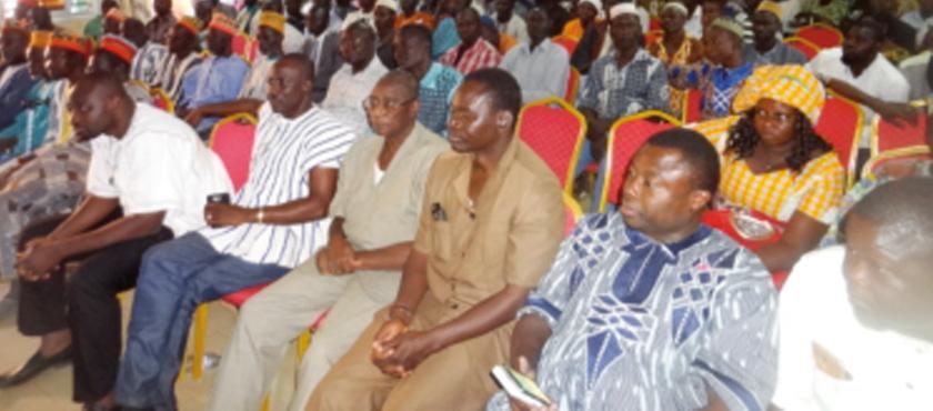 RENTREE POLITIQUE DU MPP AU NAMENTENGA : Siméon Sawadogo et sa délégation échangent avec les militants à Boulsa