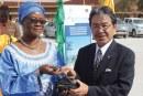 PROGRAMME D'APPUI AU DEVELOPPEMENT DES ECONOMIES LOCALES : Le Japon offre du matériel roulant à des communes rurales