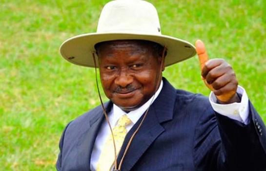 TRIPATROUILLAGE CONSTITUTIONNEL EN OUGANDA : Vive Museveni 1er!