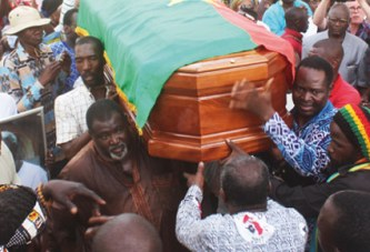 INHUMATION DE IDRISSA OUEDRAOGO  :   Il repose désormais  au cimetière municipal de Gounghin