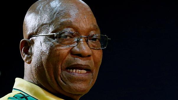 Démission du président sud-africain : Zuma comme Mugabe