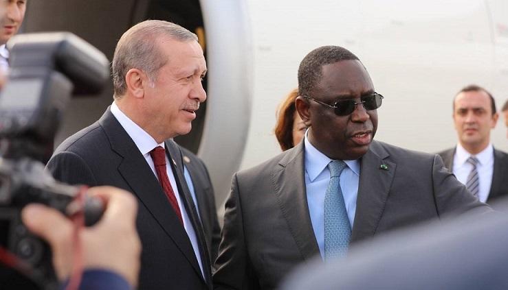 TOURNEE AFRICAINE DE ERDOGAN : Tapis rouge pour un dictateur!