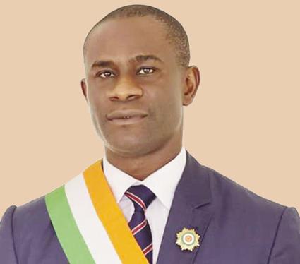 MARIUS KONAN, DEPUTE IVOIRIEN  «  L'alternance à la tête du PDCI-RDA permettra-t-elle aux Ivoiriens de vivre mieux ? »