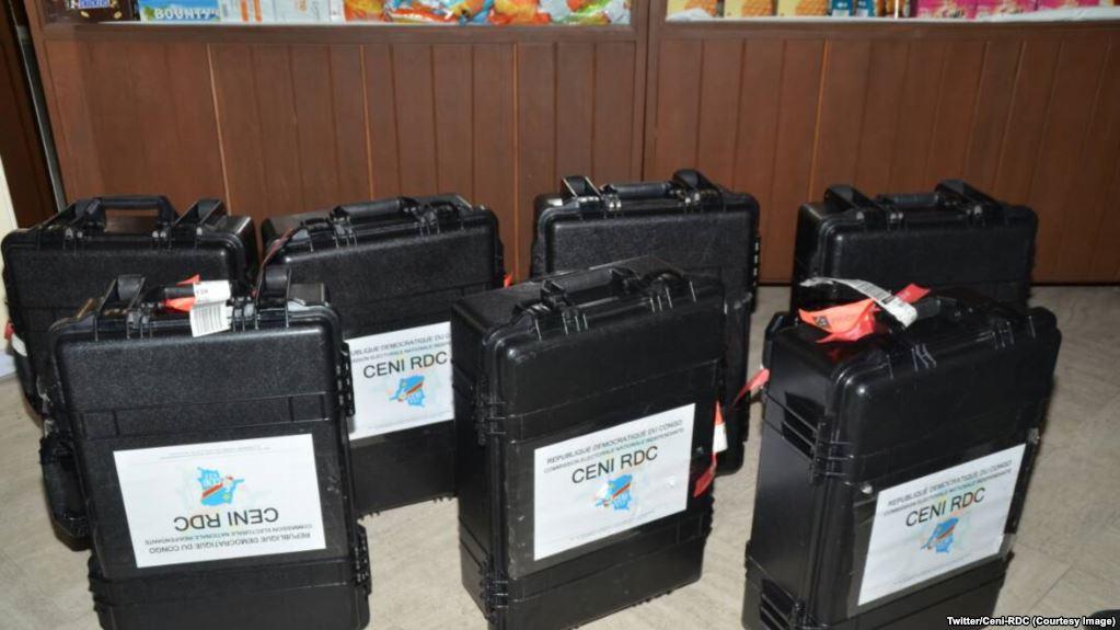 MAINTIEN DES MACHINES A VOTER EN RDC
