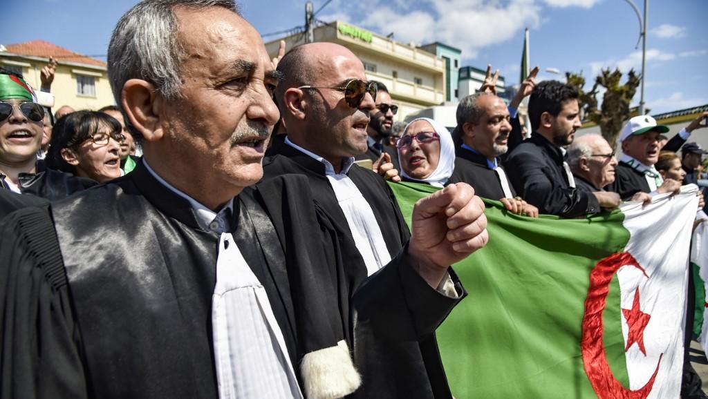 ALGERIE. :  Le noble combat des magistrats