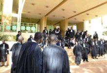 Photo of APPLICATION DE L'IUTS:Les syndicats des greffiers appellent à une « riposte vigoureuse »